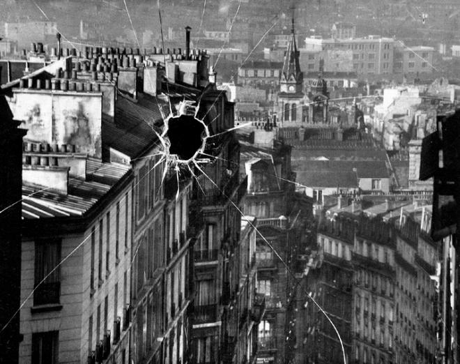 André Kertész – Broken Plate (Paris, 1929)